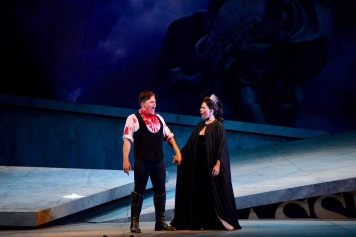 Cantora lírica Daniella Carvalho se apresenta neste Domingo (18) no Teatro Amazonas