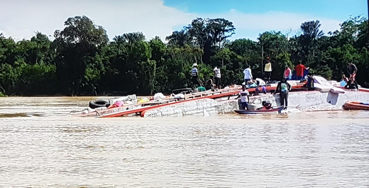 Duas crianças continuam desaparecidas depois de naufrágio em Carauari