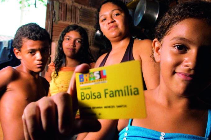 Bolsa Família perto de R$ 300 limitaria investimentos, diz secretário