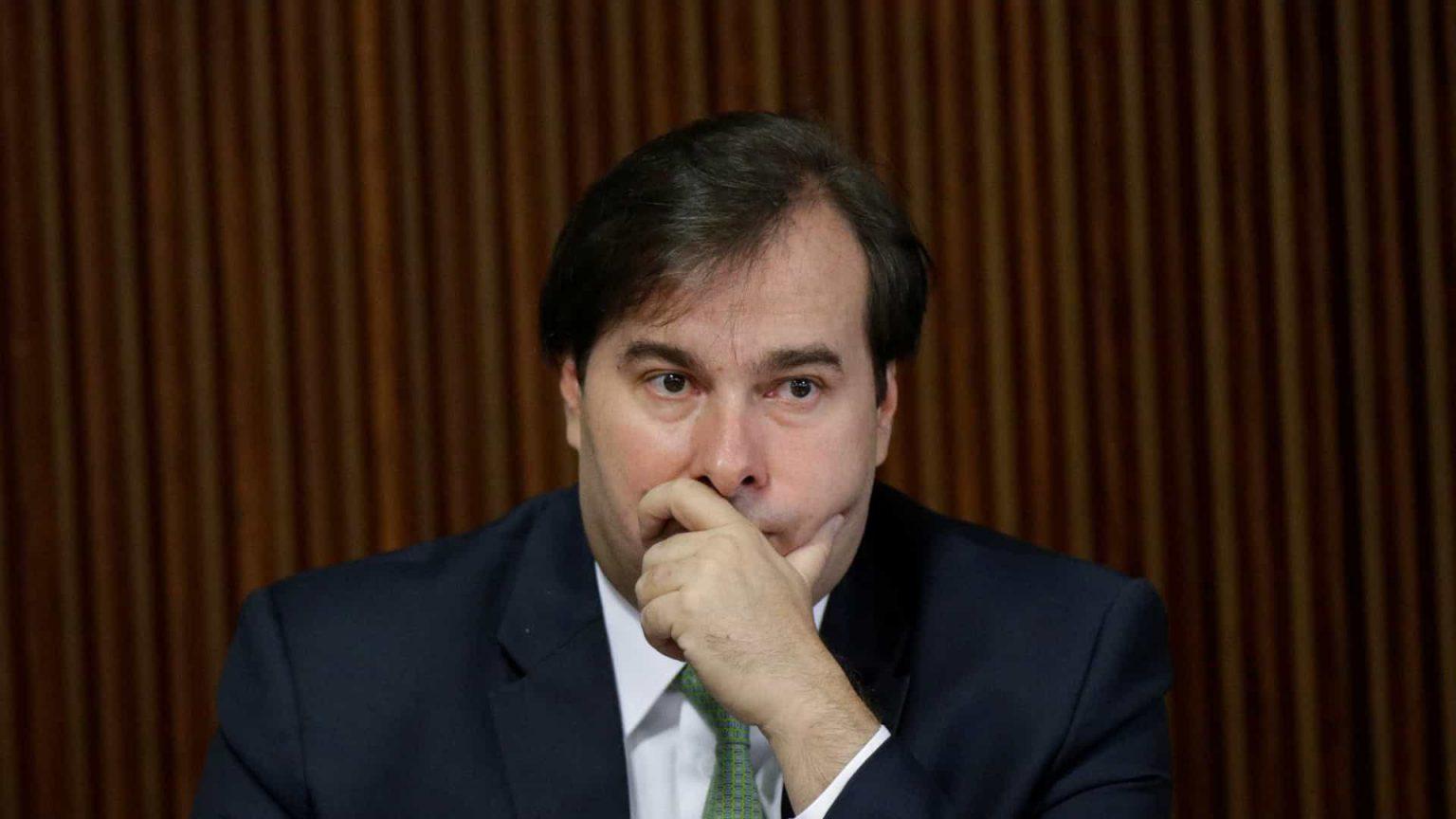 Maia descarta impeachment de Bolsonaro: 'Momento de salvar vidas'