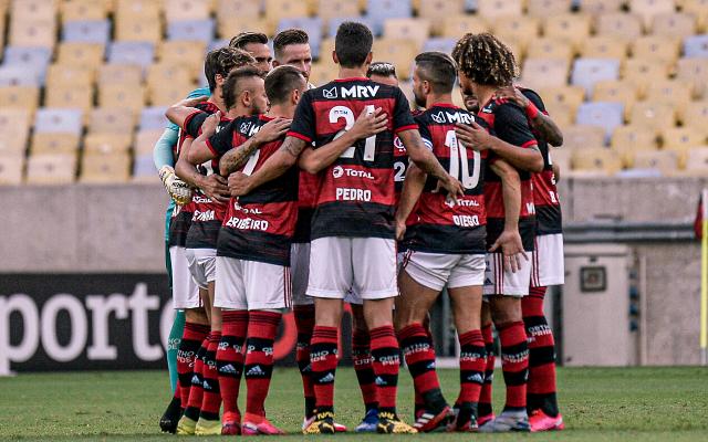 Flamengo oficializa acordo por redução de salários do elenco