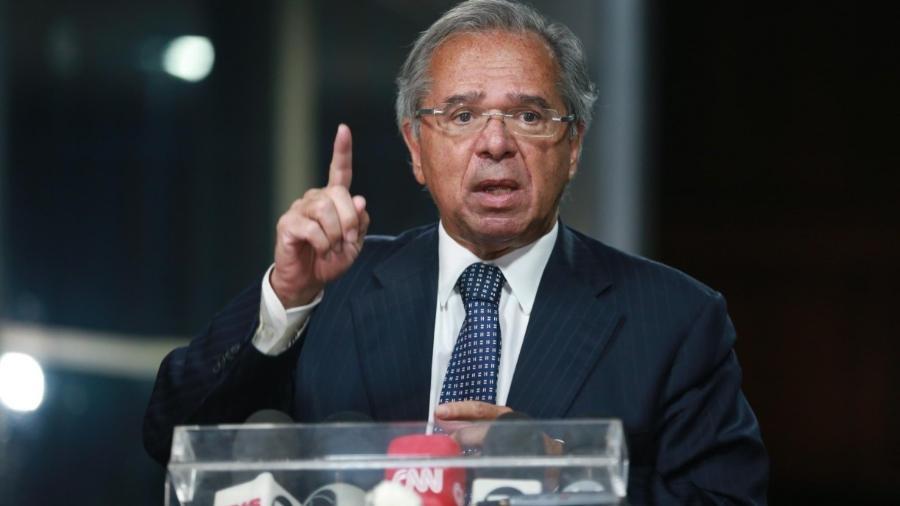 Plenário da Câmara aprova convocação de Guedes para esclarecer sobre offshore