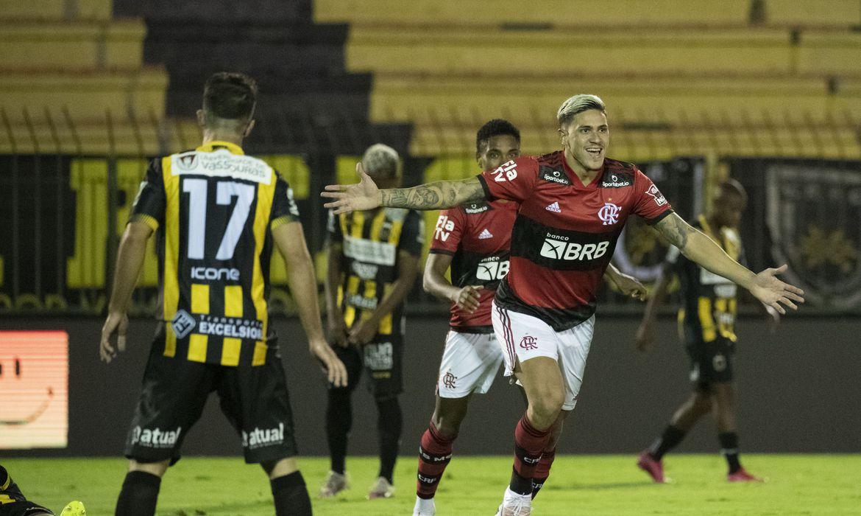 Carioca: Pedro marca três e Flamengo vence Volta Redonda