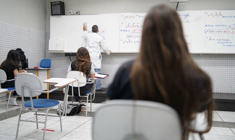 Professores receberão capacitação do MEC para ensinar educação financeira