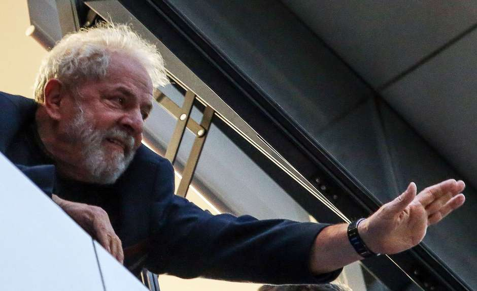 Documentário sobre Lula deve chegar aos cinemas em 2022