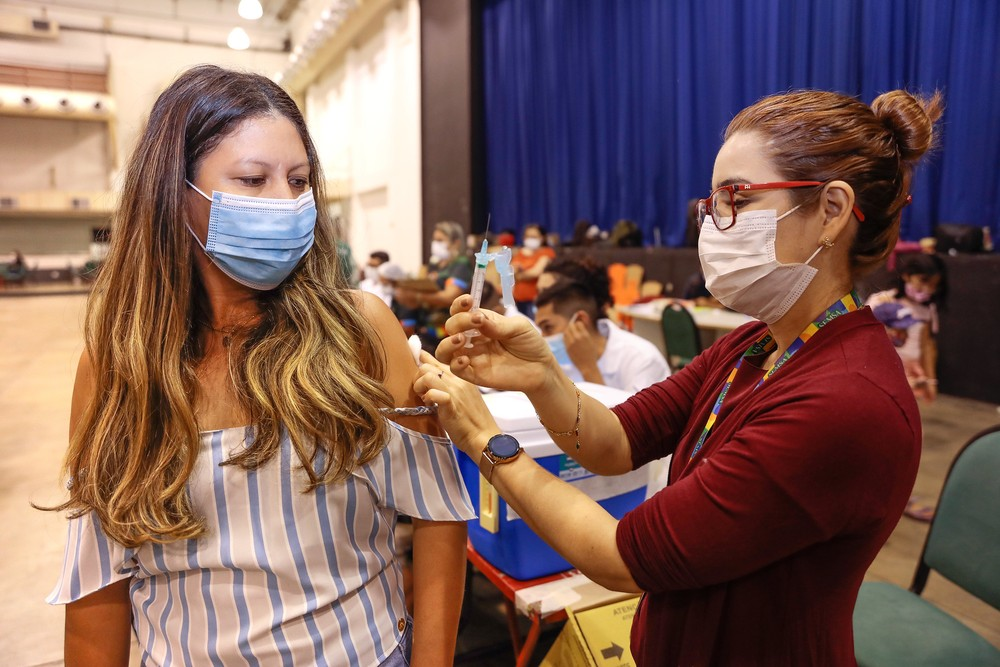 Manaus abre vacinação contra Covid para jovens a partir de 19 anos nesta sexta-feira (16)