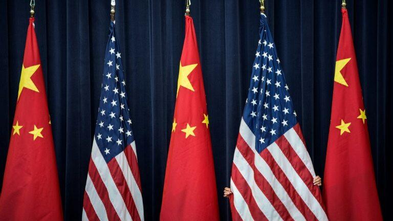Pequim pede que EUA pare de 'demonizar' a China durante visita de enviada