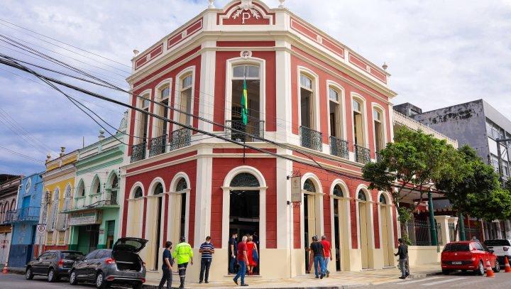 Biblioteca municipal João Bosco Evangelista é o novo centro cultural de Manaus