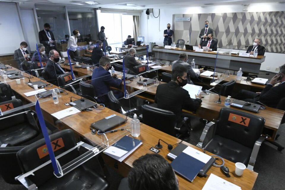 Em recesso, CPI da Covid vai analisar documentos, abrir novas frentes e pode até fazer diligência internacional