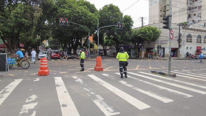 Centro de Manaus retoma fluxo normal nas avenidas Eduardo Ribeiro e Sete de Setembro