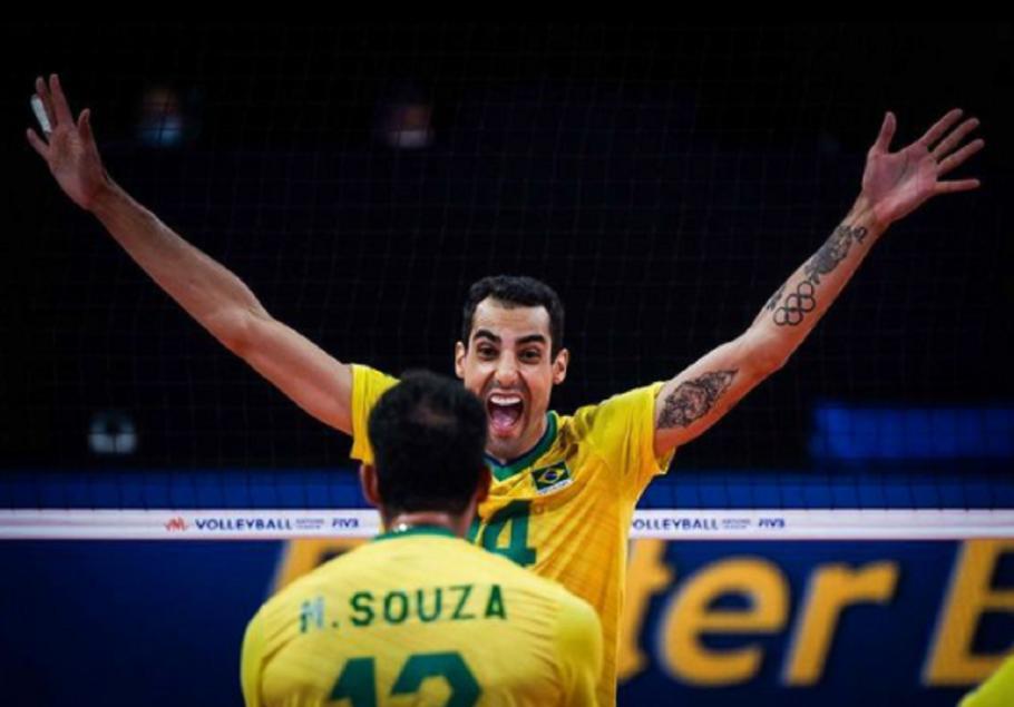 Boninho convida Douglas do vôlei para participar do Big Brother Brasil 22