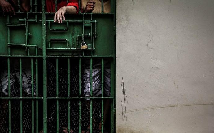 Justiça determina interdição da carceragem da Delegacia de Polícia de Iranduba