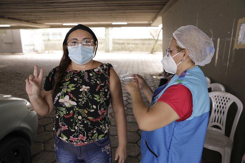 Vacinação contra a Covid-19 terá 15 pontos funcionando neste sábado em Manaus