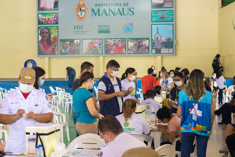 39 pontos de vacinação são disponibilizados em Manaus contra a Covid-19, na segunda-feira