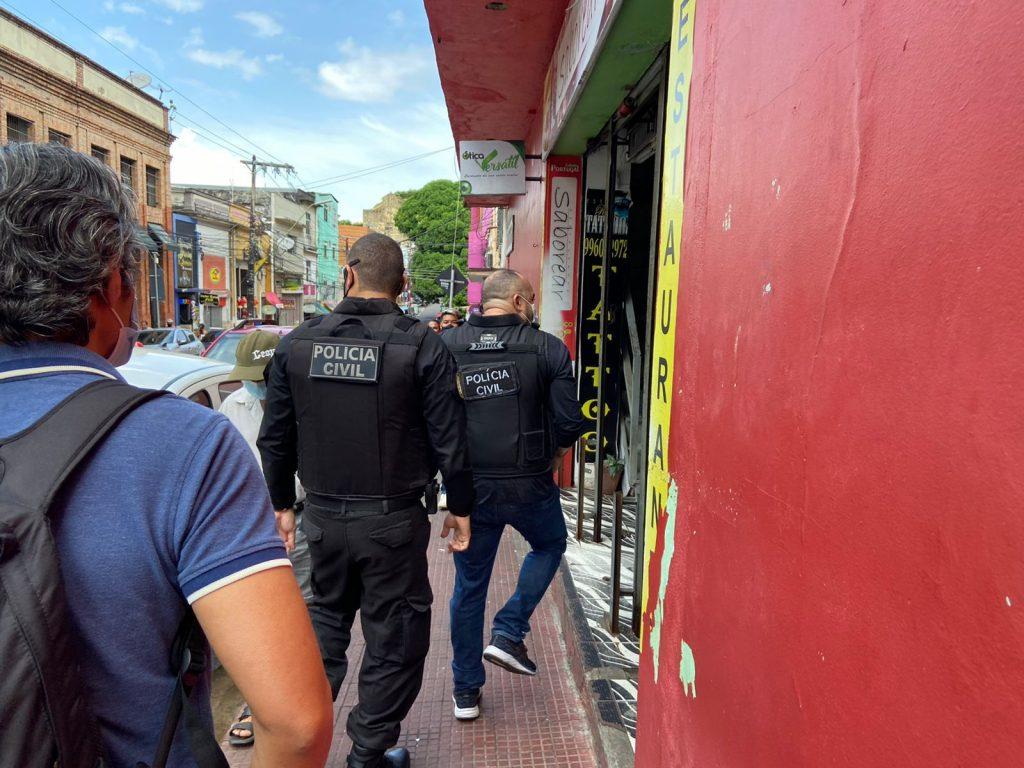Operação 404 combate o crime de violação de direitos autorais e pirataria no centro de Manaus