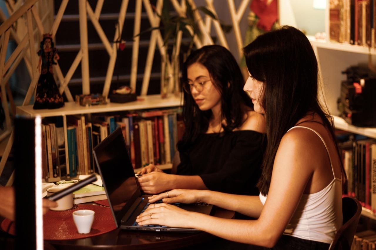 Estudantes realizam evento online com foco na cobertura jornalística na pandemia
