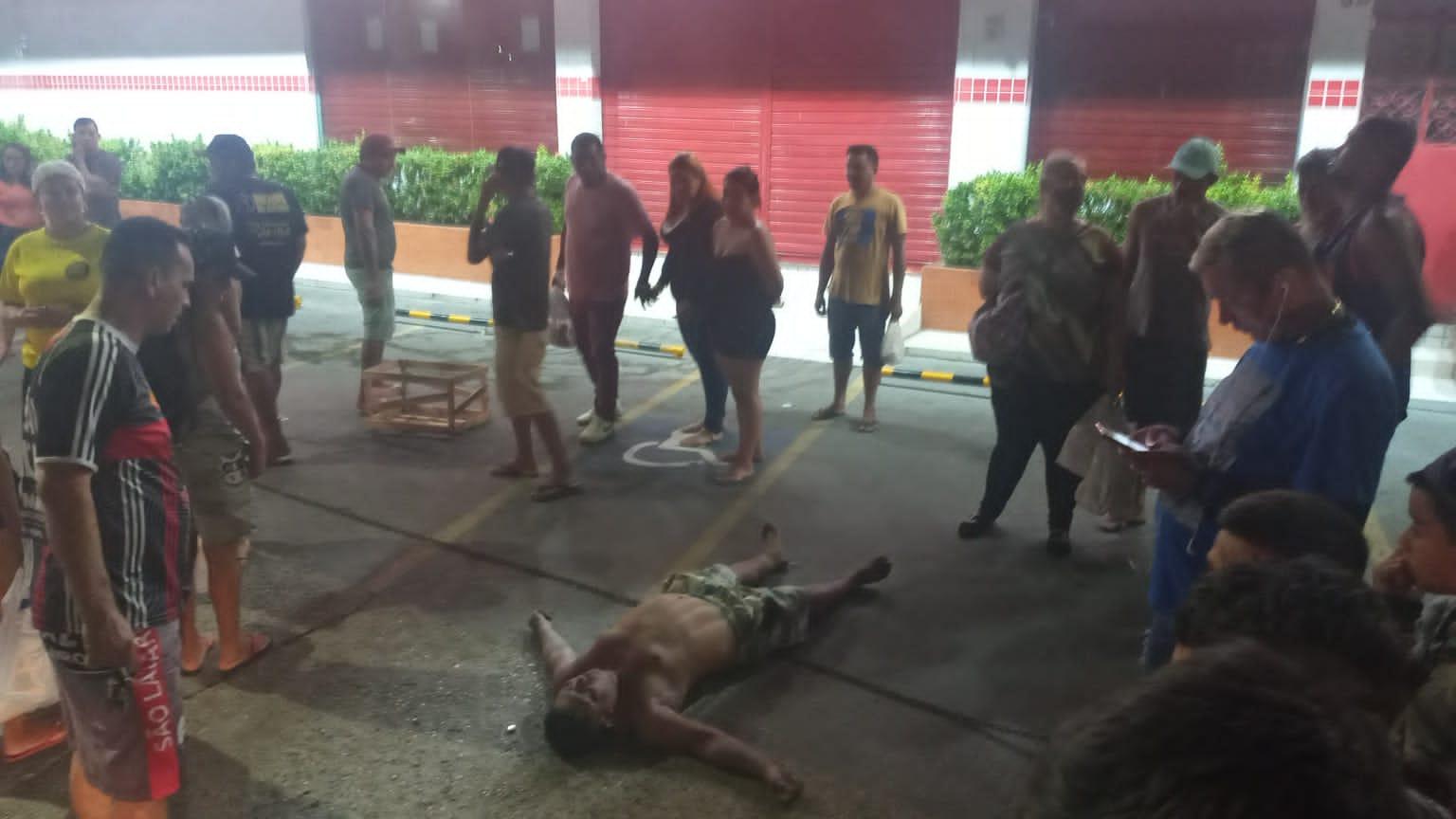 Vítima reage a assalto e suspeito morre durante mal súbito