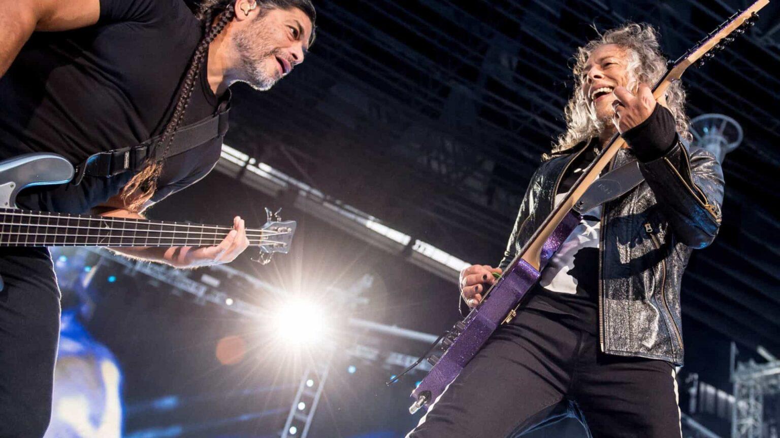 Metallica lança álbum de covers com Miley Cyrus, Elthon John e J Balvin