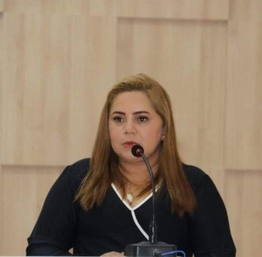 Escândalo de cartões de auxilio emergencial:  Secretária de Presidente Figueiredo pede exoneração