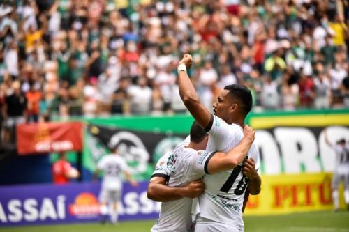 No reencontro com a torcida, Manaus empata diante do Ypiranga-RS pela Série C do Brasileirão