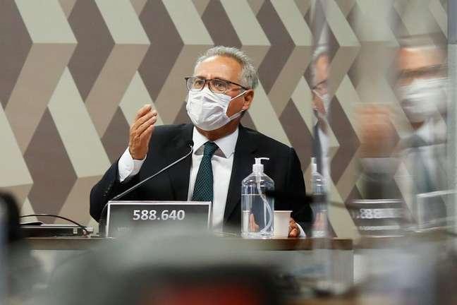 CPI da Covid adia para quarta-feira a leitura do relatório final