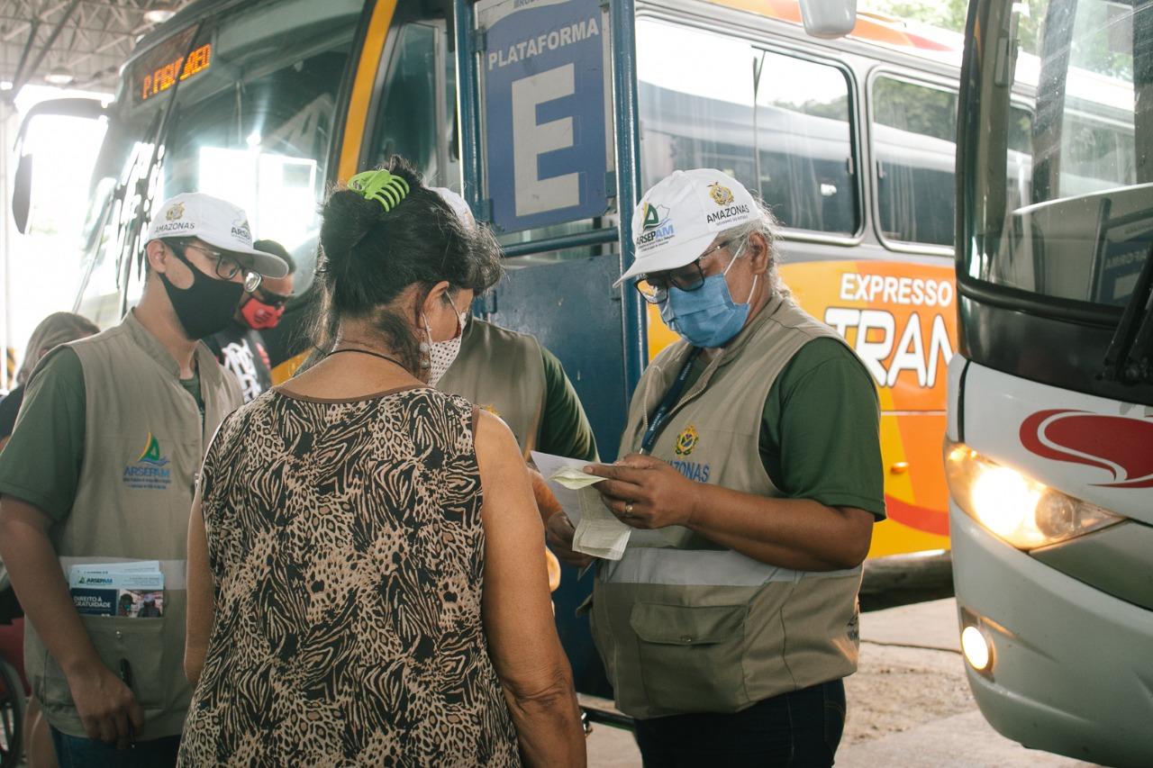 Cerca de 28 mil pessoas deixaram Manaus no feriado de Nossa Senhora Aparecida