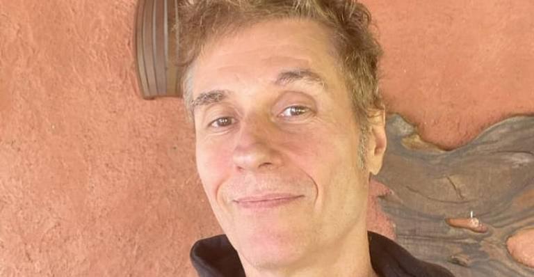 'Desci ao inferno', diz Dinho Ouro Preto ao relembrar vício em drogas